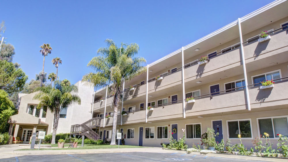 Independent Living at The Oaks and The Palms